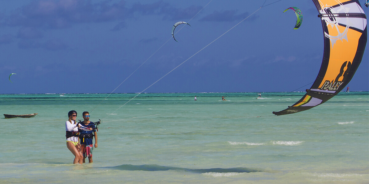 The two best seasons for kitesurfing in Zanzibar are the ones from December to March and the one from June to September