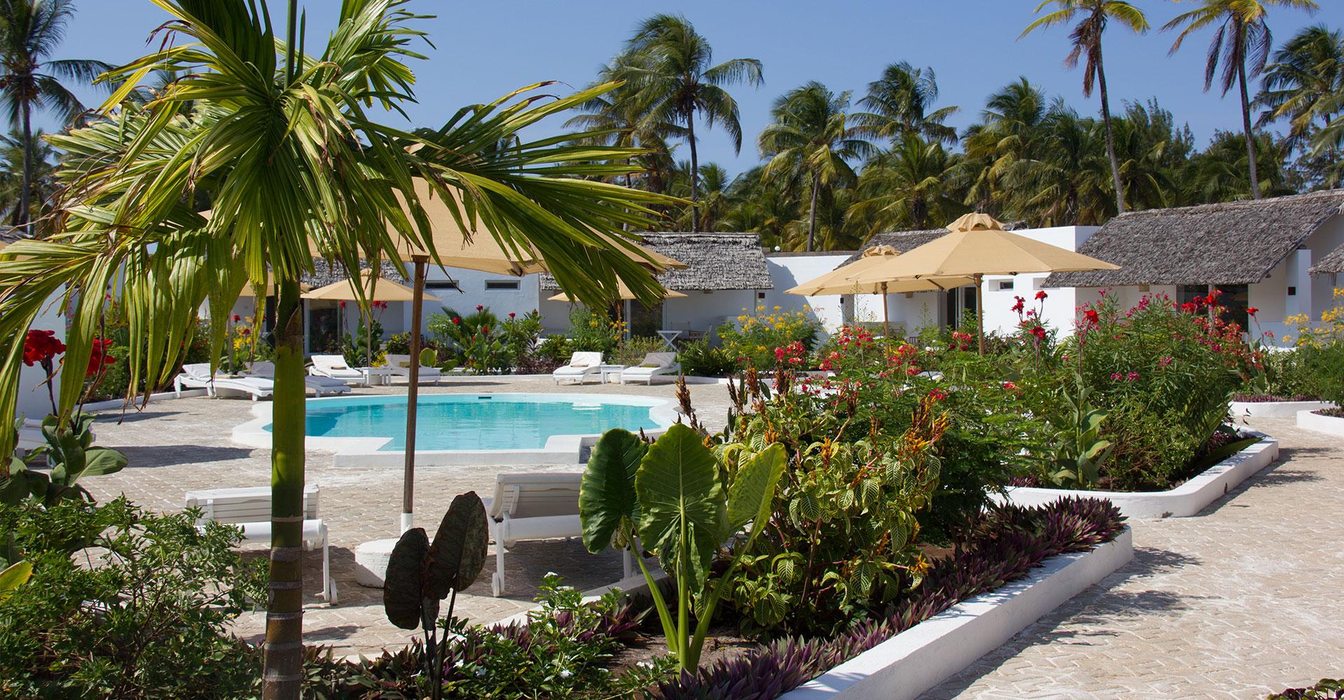 Dhow inn hotel paje zanzibar beach resort for Hotels zanzibar