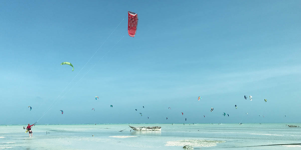 Best places to learn to kitesurf - Travelaction Travelaction